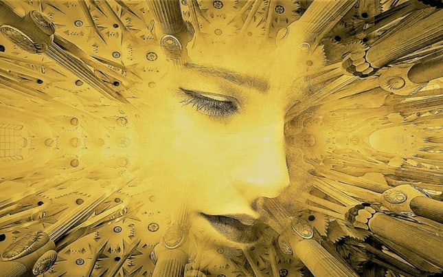 Light radiating from woman´s face